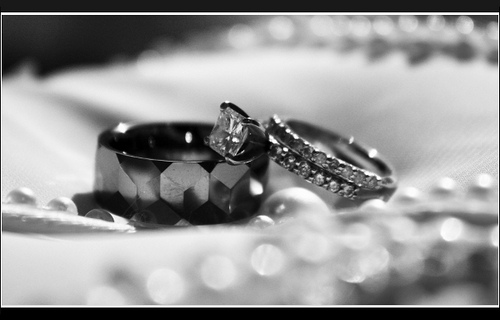 Charmant Tips To Buy Affordable Wedding Ring Sets   Dazzlingrock.com